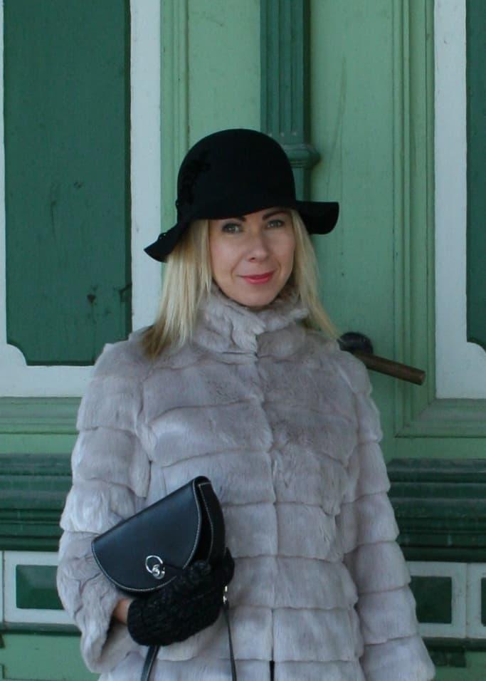 Woman in Viljandi